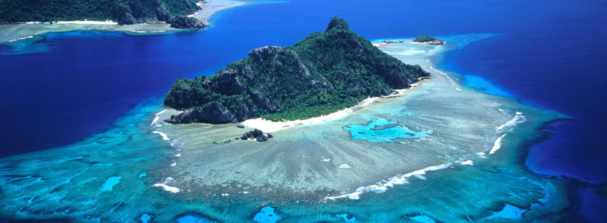 Таинственный остров краткое содержание