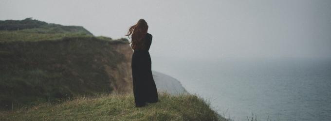 Я пишу о тебе потому что писать-то не о ком - маяк, стихи, жизнь, тоска, размышления