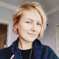 Лена Тороян