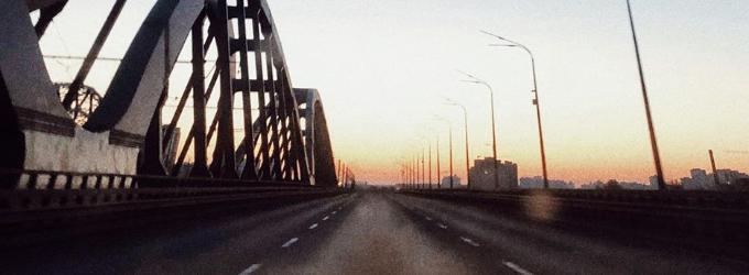 Его мосты в четыре утра повёрнуты к ней - сашасабельников, сабельников