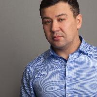 Валерий Елистратов