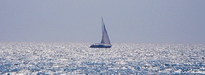 А море было голубым