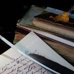 Кому Вы пишете в ночи?